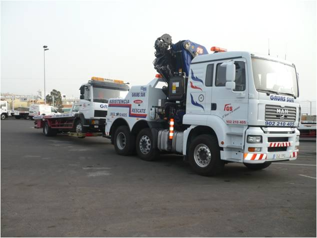 Camiones con grua y basculante